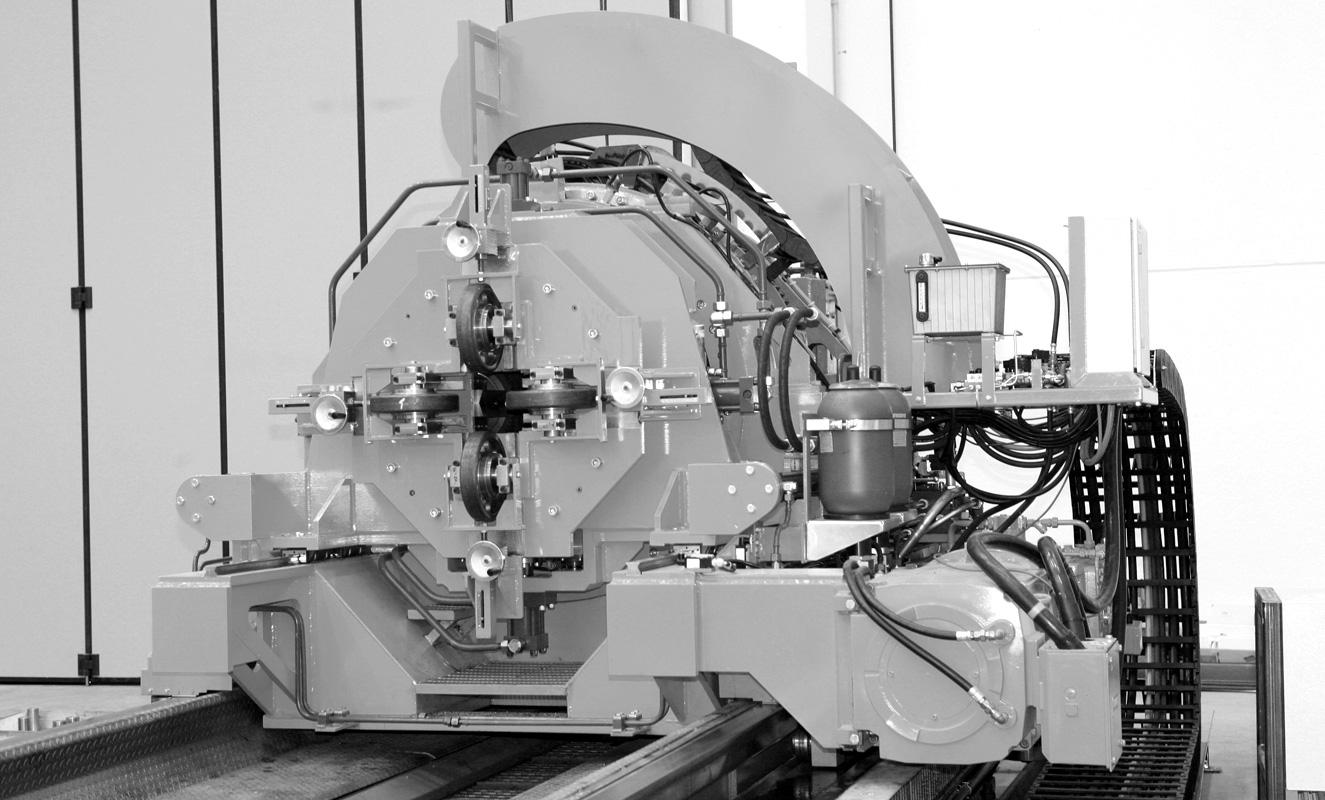 Multicut tube cut-off machine flying multicut